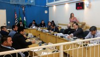 Câmara vai convocar secretária de Saúde para esclarecimentos
